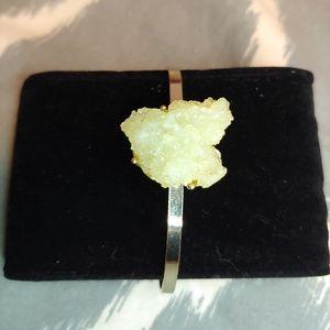Jewelry - Faux druzzy cuff
